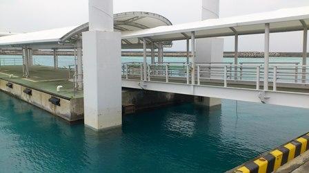 鳩間港2.JPG
